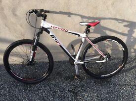Hard tail Vercelli 650 Mountain bike £225