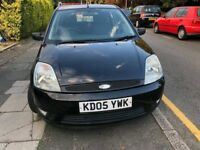Ford zetec 2005 small car, 5 seater car, black car