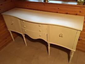 Beautiful long dresser ynit
