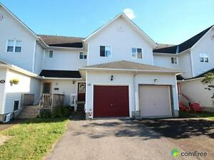 $219,000 - Townhouse for sale in Carleton Place