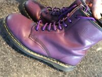 DR MARTENS AMAZING CONDITIONS ONLY 35 SIZE UK 10