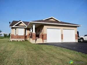$329,900 - Bungalow for sale in St Albert