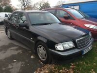 Mercedes Benz c200 automatic 1999 t reg long mot full service history drives superb bargin £549