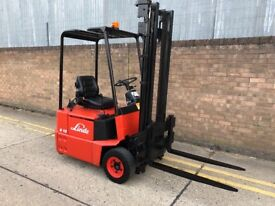 Linde e12 electric forklift, new battery and charger