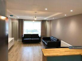 2 bedroom flat in Mcaslin Court, Glasgow, G4 (2 bed) (#1104057)