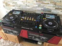 Pioneer CDJ 2000 NXS2 Nexus 2 Professional DJ Decks + DJM 900 NXS 2 DJ SETUP