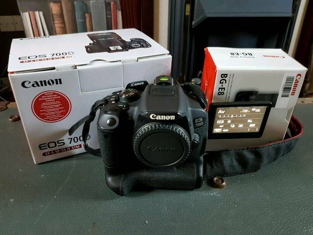 Canon EOS 700D with Canon BG-E8 battery grip | in Norwich, Norfolk | Gumtree