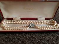 Rosita pearl necklace with pendant