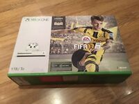 Xbox one s 1tb month old only dropped price