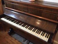 Piano with Stool (broken keys)