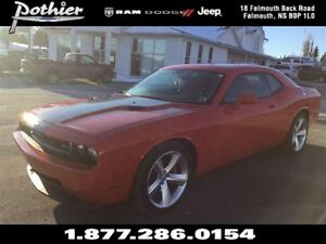 2009 Dodge Challenger SRT8 | RWD | SUNROOF | LOADED | LEATHER |