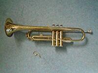 Corton Trumpet (with case)