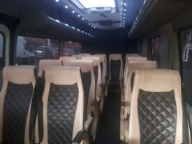 LONDON MINIBUS HIRE WITH DRIVER 16 seater