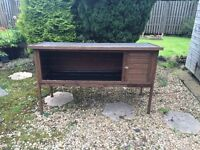 Large outdoor rabbit hutch, hardly used