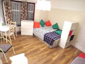 Lovely spacious double room, available on 6th November, Forest Gate, Stratford / London, E7.