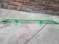 Grinding rail