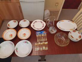 Mix Kitchenware/Tableware Items (Plates, Tray, Bowls, Jug, etc.)