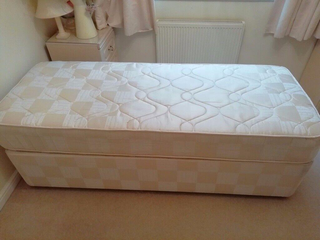 Picture of: 2 6 Single Divan Bed In Talke Staffordshire Gumtree