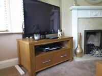 Matching Oak Tv Unit & Side Table
