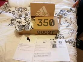 #adidas yeezy 350 v2 zebra uk7