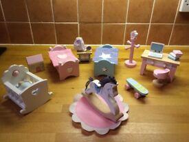 CHILDREN'S BEDROOM: Le Toy Van Daisylane furniture set