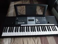 YAMAHA YPT 230 ELECTRONIC KEYBOARD