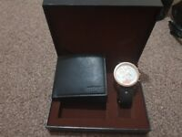 Diesel or Gucci watch set and purse