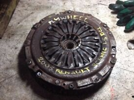Flywheel with clutch kit from a dismantled 2005 Renault Scenic 1.5 DCI