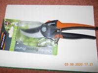 FISKARS Lifestyle Chunky Bypass Pruner 20mm - new in packaging - Garden