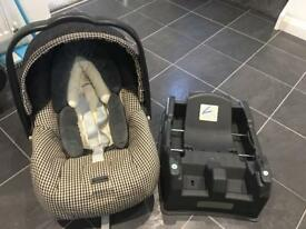 Mamas and papas car seat with fixed base