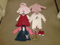 BRAND NEW BUNDLE OF BABY GIRLS CLOTHES AGES (0-6 MONTHS)