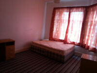 large Double room available in M13 Longsight (Very clean house)
