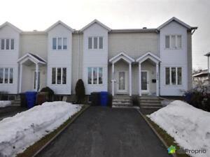 182 000$ - Maison en rangée / de ville à vendre à Marieville