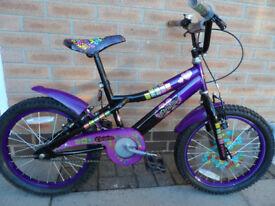 Girls cycle