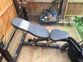 Power tech bench. Olpimic bar and 100kg used
