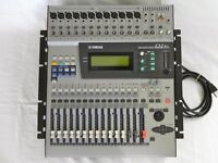 YAMAHA O1V MIXER WITH 2 X FX UNITS INSIDE . CLEAN GOOD SOUND .