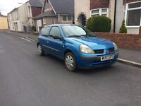 Renault Clio 2003 in stunning blue ,LOW INSURANCE GROUP ,great on fuel ,px options available
