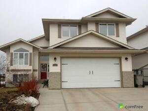 $545,900 - Bi-Level for sale in Beaumont
