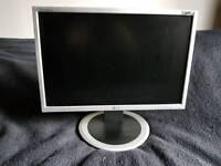 """LG Flatron Wide Computer Screen 21"""""""