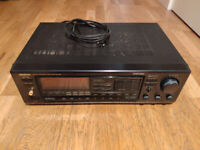Onkyo Quartz Synthesizer Amplifier R1 TX 7840