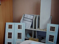 CLASSICIAL DOLLS HOUSE