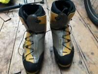 La Sportiva Spantik mountain boots 47