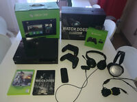 Massive Bundle XBOX ONE + 2x Pad + Remote Control + 2x HEADSET + 17 FULL GAMES + Others