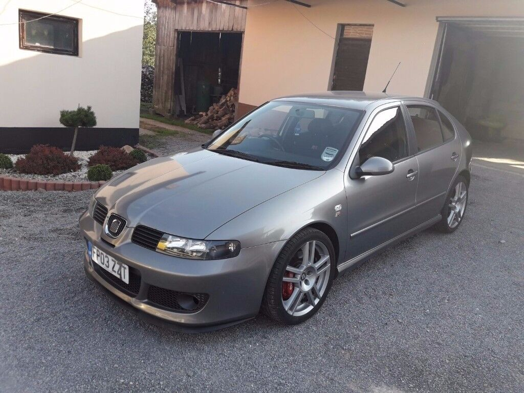 SEAT---LEON ---CUPRA -R-- -2003- AMK -35K from NEW-1 Previous Owner