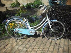 Ladies/girls retro bike.