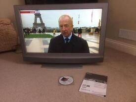 "Sony LCD TV 32"""