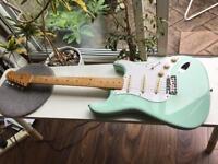 Fender Classic 50s Reissue Stratocaster guitar surf green