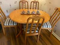 Extending Dining Room Table and 6 Chairs