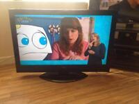 "HITACHI 42""LCD TV"