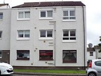 Bright one bedroom ground floor flat in Linwood. Excellent condition ,available early August